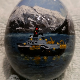 egg with Trondheim fishing boat